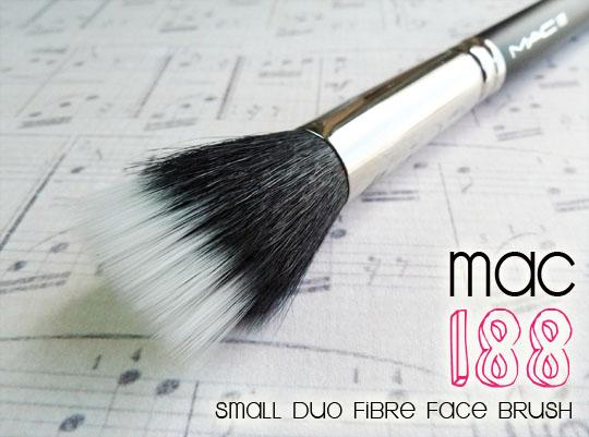 MAC 188 Small Duo Fibre Face Brush_1.2
