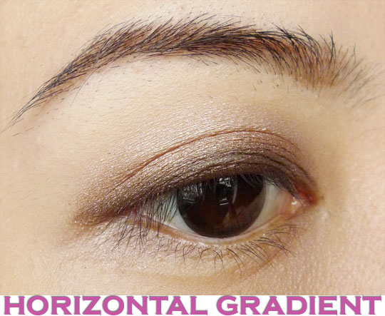 Eye Makeup Tutorial_Eyeshadow Horizontal Gradient Method_1