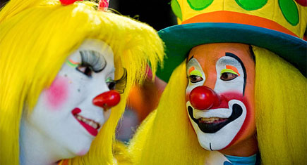 Colorful-Clown-makeup_featured
