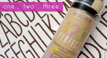 Bourjois-123-Perfect-Foundation-Review-Swatches-cover-3