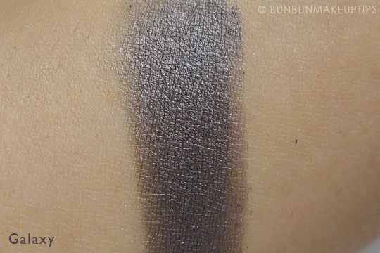 MUG-Makeup-Geek-Eyeshadows-Galaxy-Review-Swatch