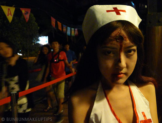 Halloween-Zombie-Nurse-Costume-Makeup-2