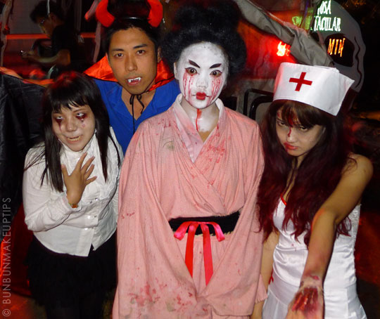 Halloween-Zombie-Nurse-Costume-Makeup-23