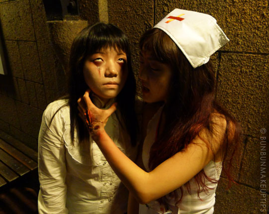 Halloween-Zombie-Nurse-Costume-Makeup-6