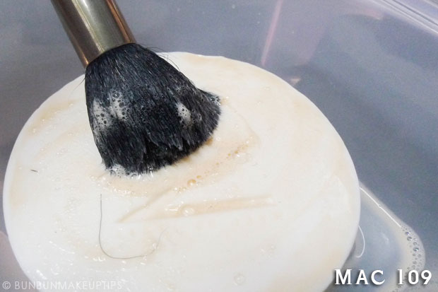 Make-Up-Store-Home-Spa-Brush-Cleaning-Soap-Review-Photos_MAC-109