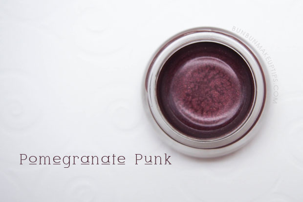 Maybelline-Color-Tattoo-24Hr-Eyeshadow-30-Pomegranate-Punk-Review-Swatch