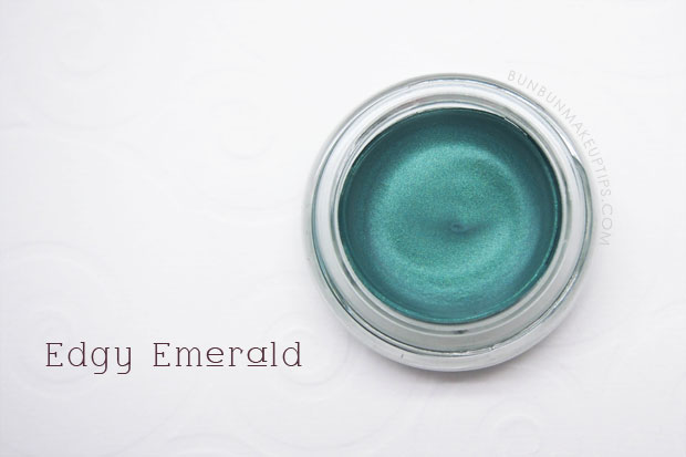 Maybelline-Color-Tattoo-24Hr-Eyeshadow-50-Edgy-Emerald-Review-Swatch