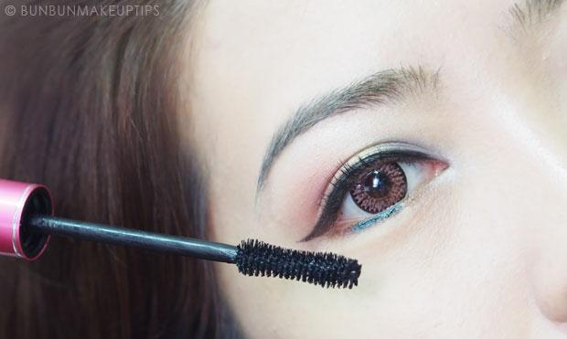 Lioele-Volume-Curling-Mascara-Review-Photos-Makeup-Look_10.1