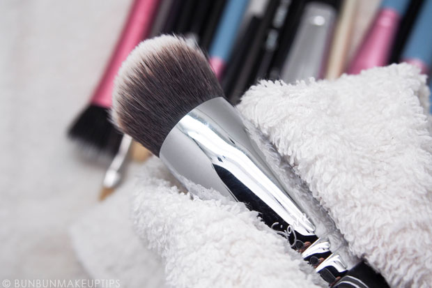 Sigma-Brush-Spa-Brush-Cleaning-Glove-Review_12