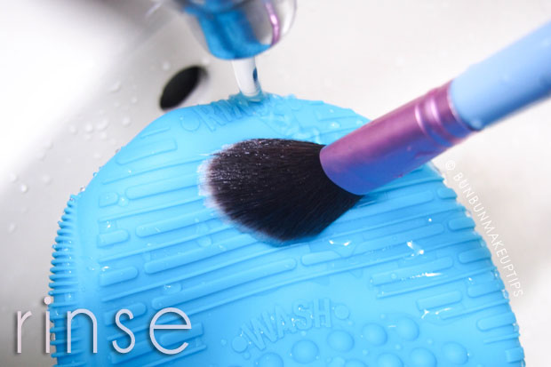 Sigma-Brush-Spa-Brush-Cleaning-Glove-Review_5