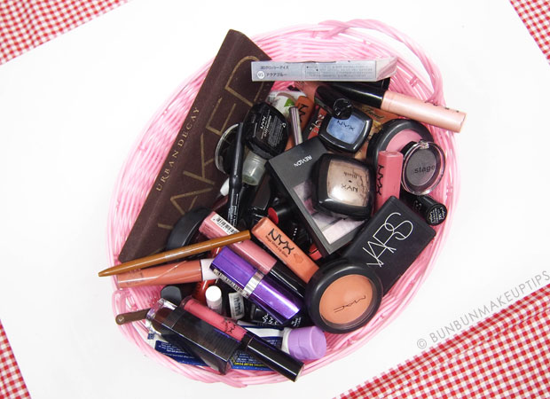 Throw-Away-Old-Makeup_1