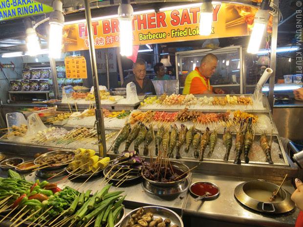 Where-To-Go-Super-Short-Trip-Kuala-Lumpur_Jalan-Alor-lok-lok
