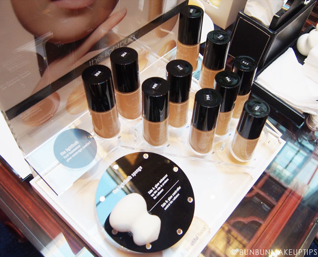 Shu-Uemura-Lightbulb-Foundation-Review-Swatches-2