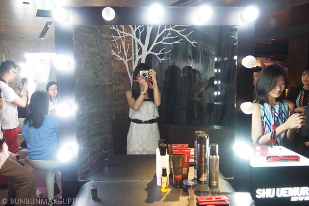 Shu-Uemura-Princess-by-Takashi-Murakami-Holiday-Collection-2013-3