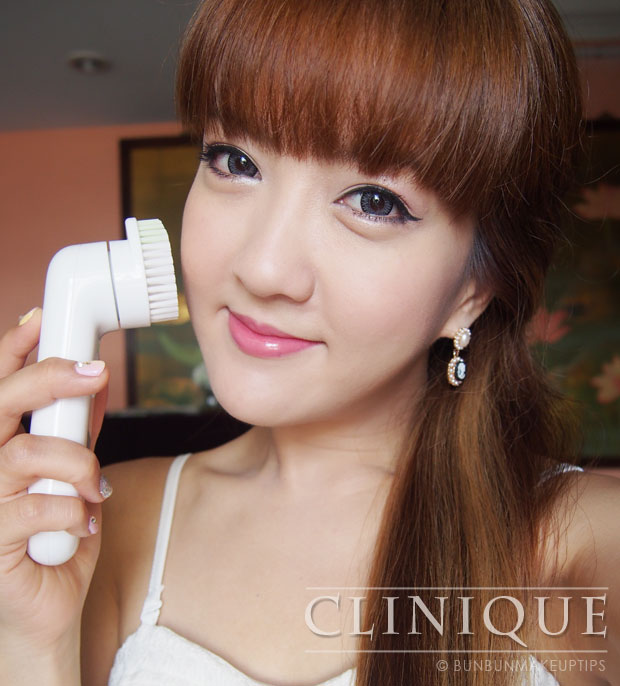 Clinique-Sonic-System-Purifying-Cleansing-Brush-Review-For-Sensitive-Skin_cover-2