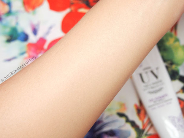 UV-Aqua-White-Skincare-range-Review-CC-Cream_2