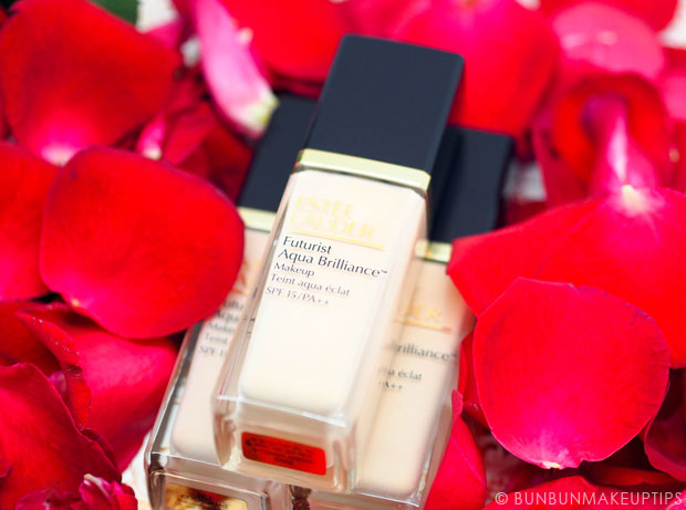 Estee-Lauder-Futurist-Aqua-Brilliance-Foundation-Review_2