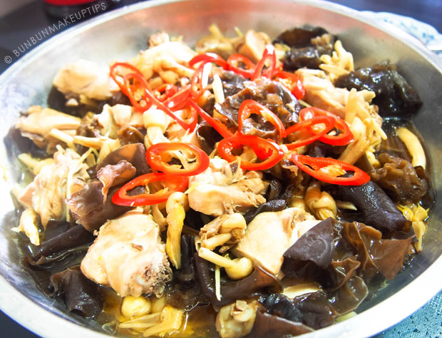 Huiji-Waist-Tonic-Steamed-Herbal-Chicken-Recipe_6