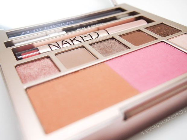 Urban-Decay-Naked-On-The-Run-Review-Swatches_2