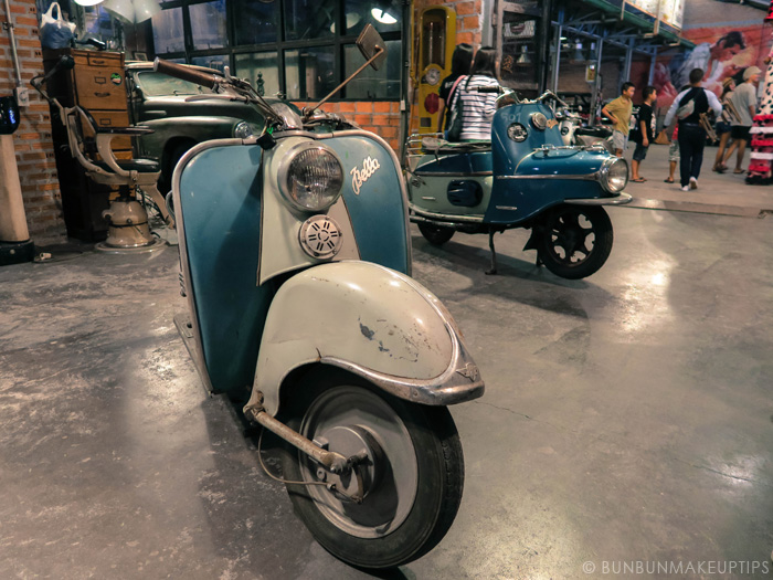 Talat-Rod-Fai-Vintage-Night-Train-Market_14