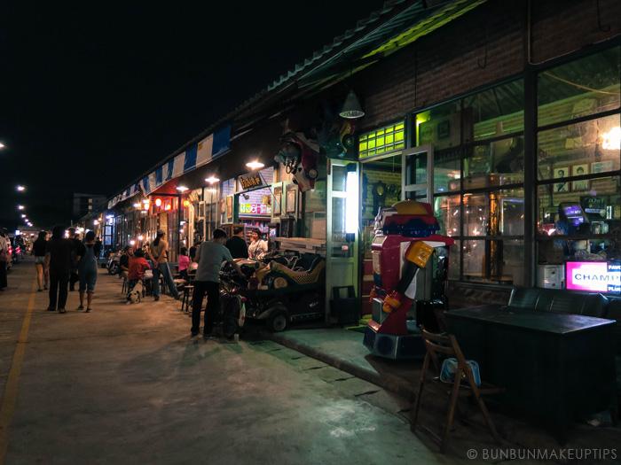 Talat-Rod-Fai-Vintage-Night-Train-Market_36