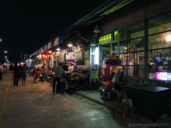 Talat-Rod-Fai-Vintage-Night-Train-Market_36