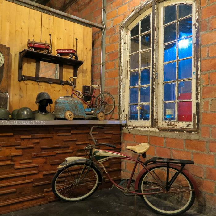 Talat-Rod-Fai-Vintage-Night-Train-Market_8