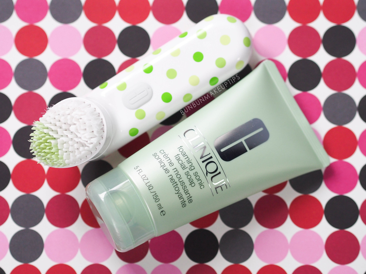 Clinique-Sonic-Brush-Review_Foaming-Sonic-Facial-Soap_1