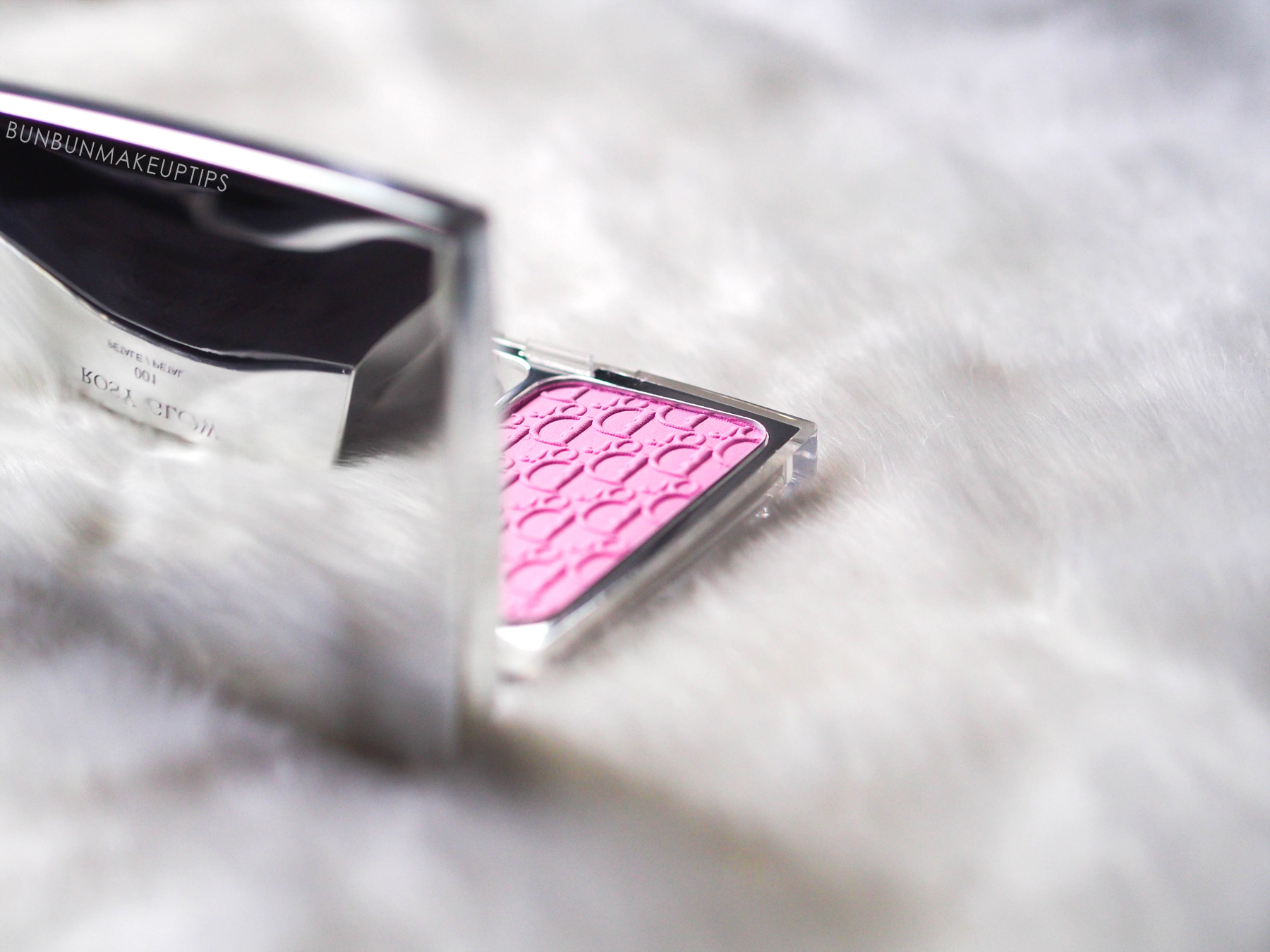 Dior-Rosy-Glow-Healthy-Glow-Awakening-Blush-Review_5