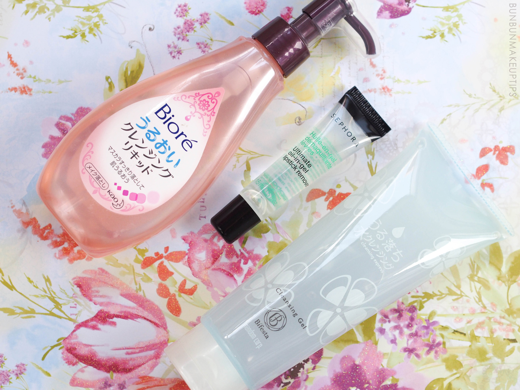 Types-of-Makeup-Removers_Gel