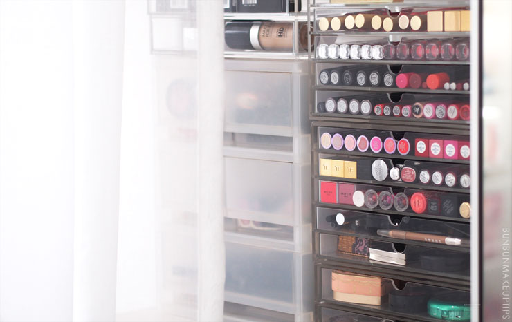 Gifts-for-Makeup-Lovers_Muji-Acrylic-Storage