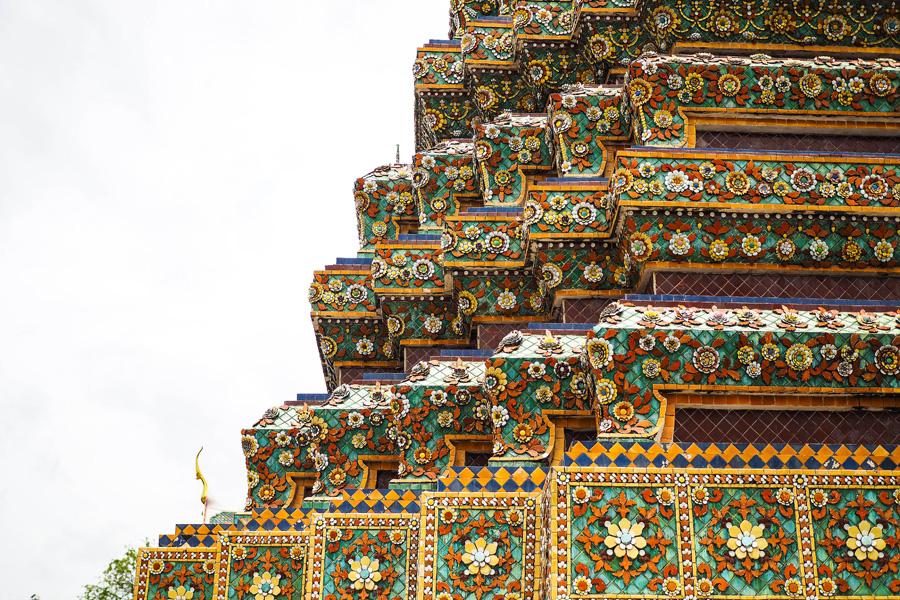 Bangkok-Wat-Pho-Temple-Reclining-Buddha-Review_6.1