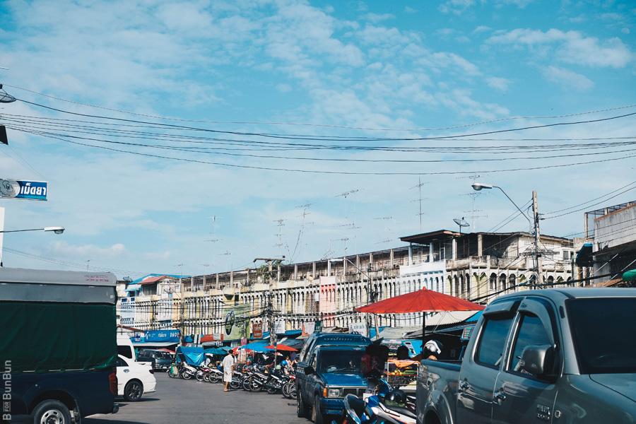 maeklong-railway-market-train-schedule_14