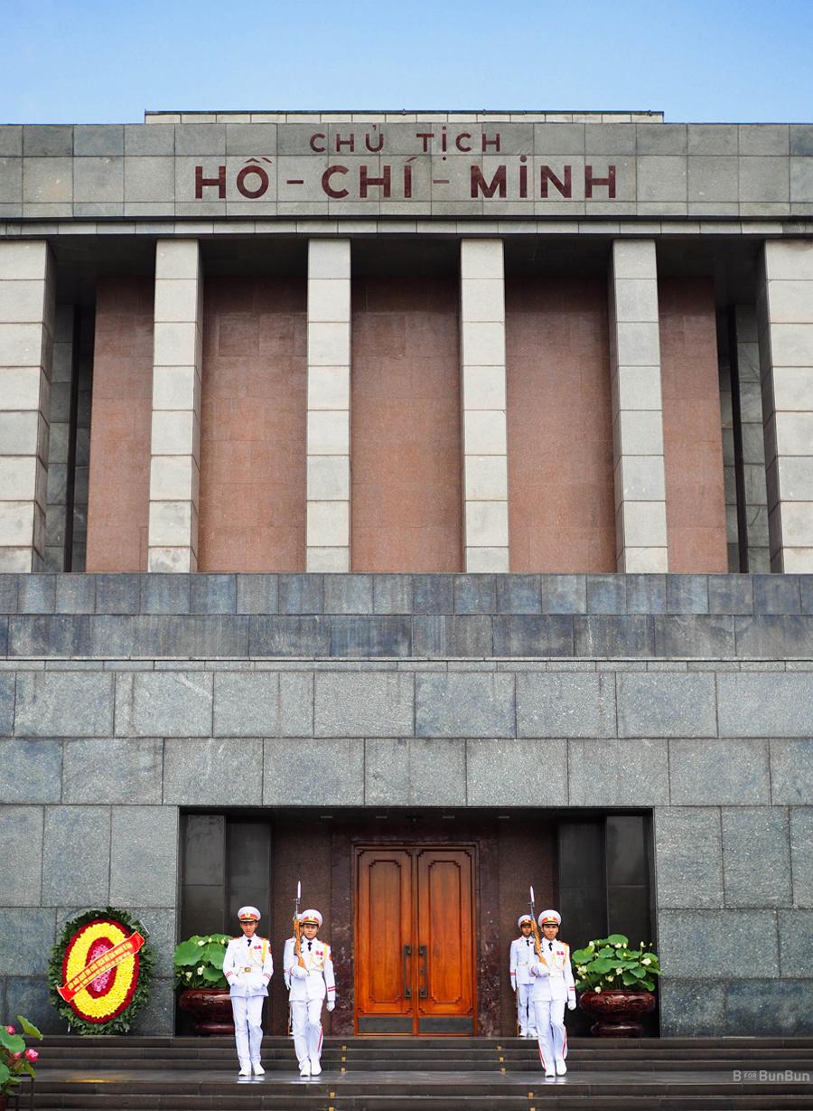Hanoi-City-Tour-Ho-Chi-Minh-Mausoleum_1