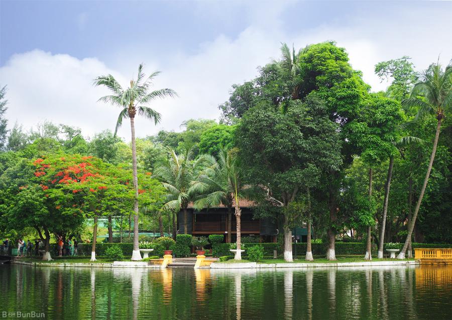 Hanoi-City-Tour-Ho-Chi-Minh-Mausoleum_4