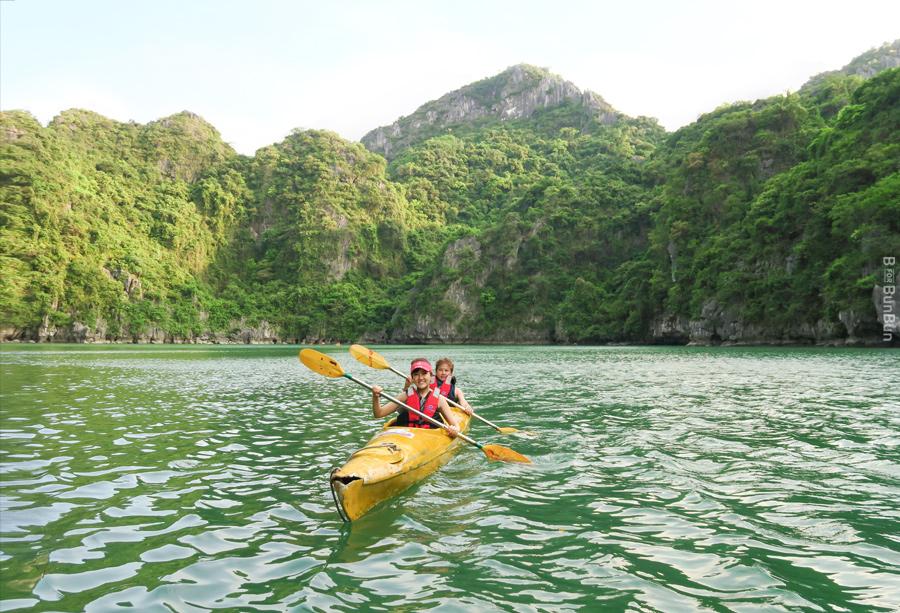 Halong-Bay-Kayaking-Ban_5.1
