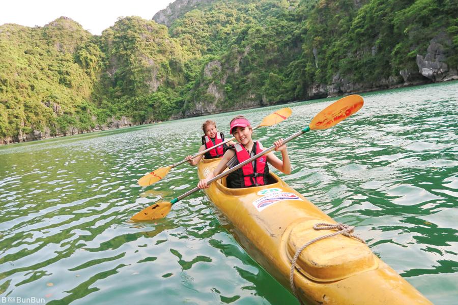 Halong-Bay-Kayaking-Ban_6